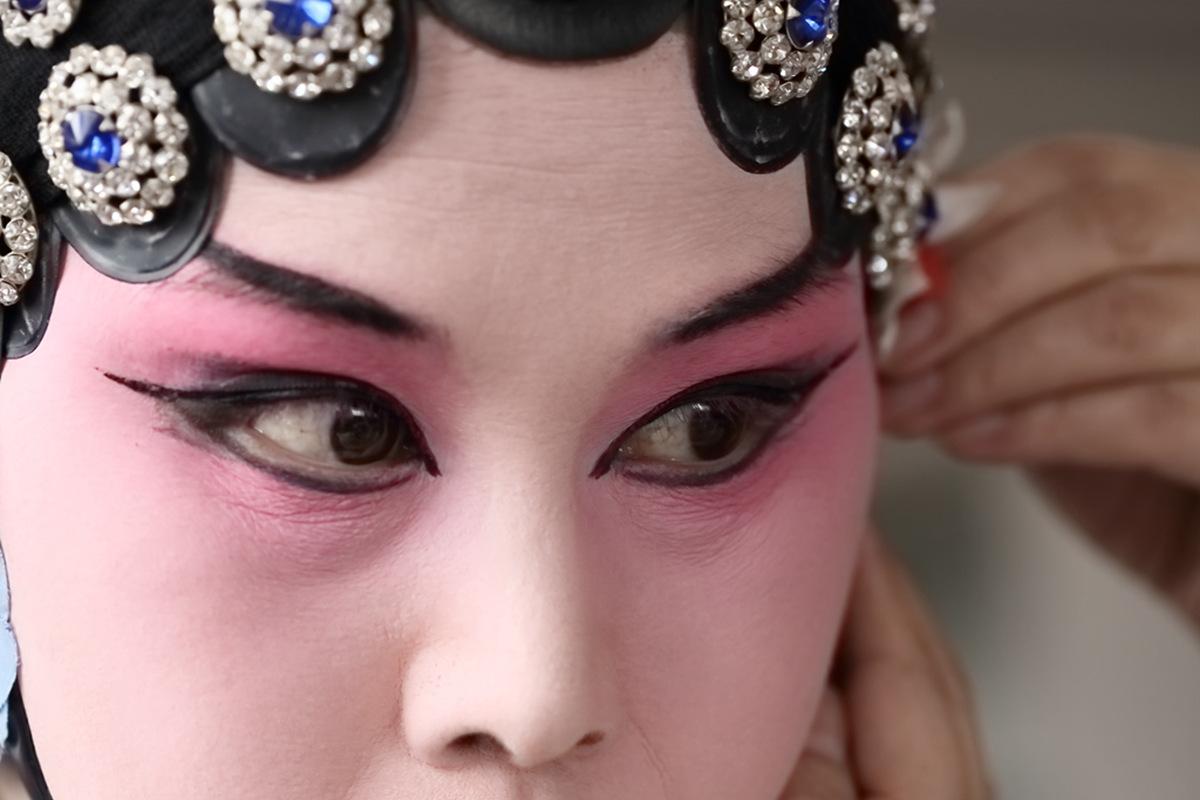 山东柳子戏剧团在寒风中为河东区人民送上一台文化大餐_图1-22
