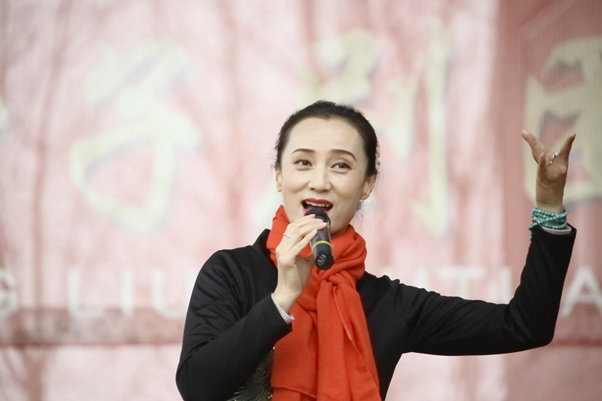 山东柳子戏剧团在寒风中为河东区人民送上一台文化大餐_图1-27
