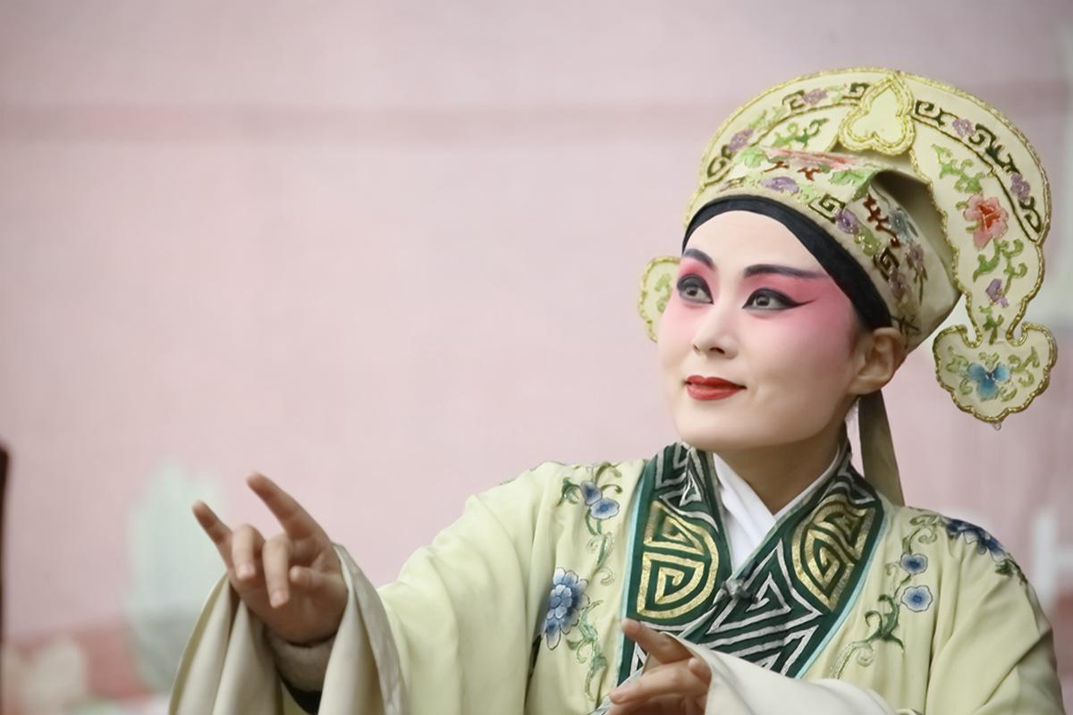 山东柳子戏剧团在寒风中为河东区人民送上一台文化大餐_图1-42