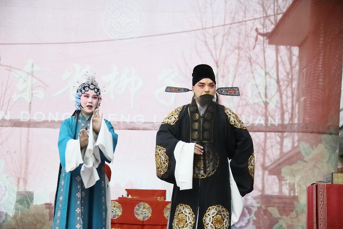 山东柳子戏剧团在寒风中为河东区人民送上一台文化大餐_图1-47