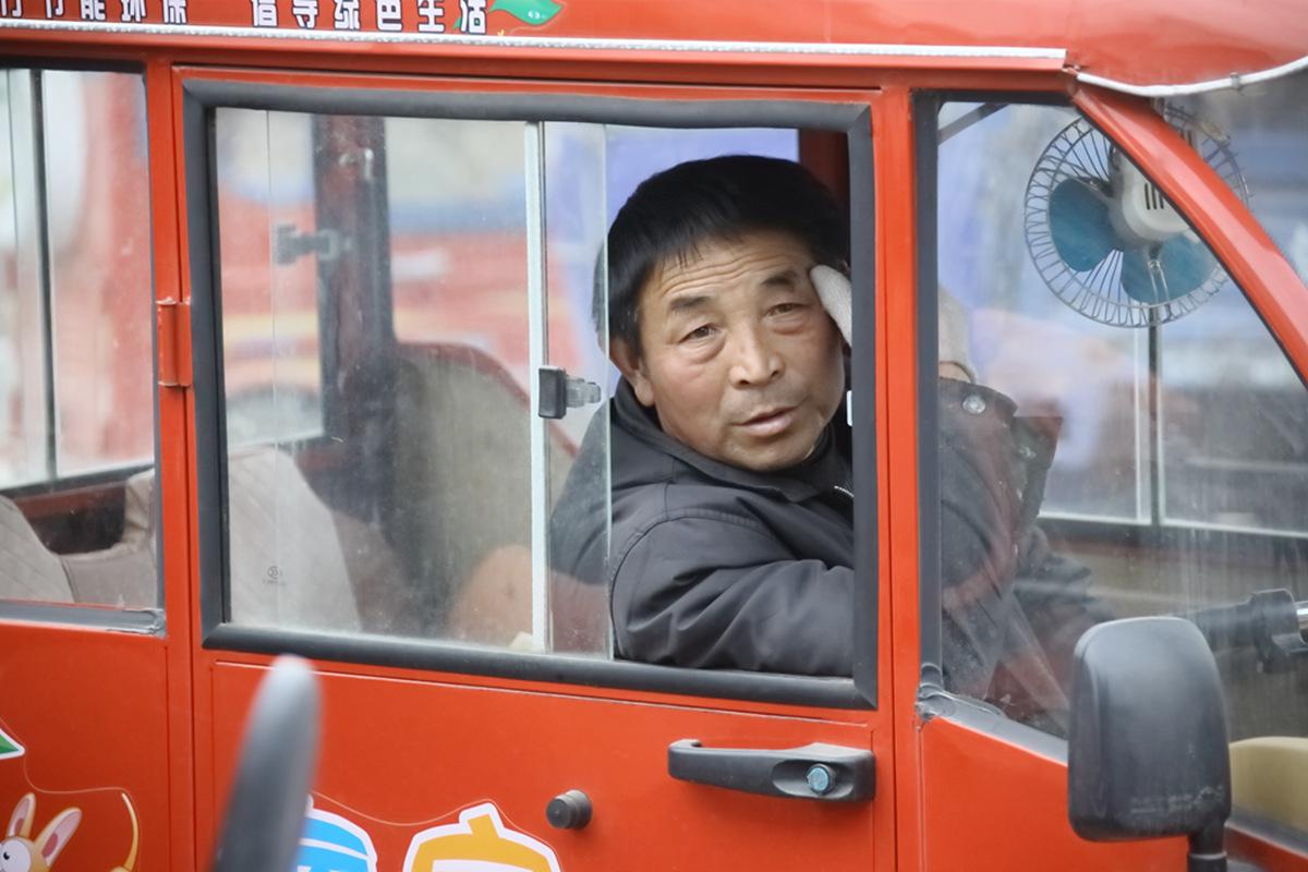 山东柳子戏剧团在寒风中为河东区人民送上一台文化大餐_图1-50
