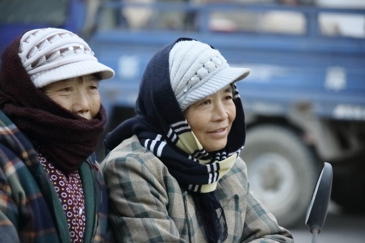 山东柳子戏剧团在寒风中为河东区人民送上一台文化大餐_图1-53