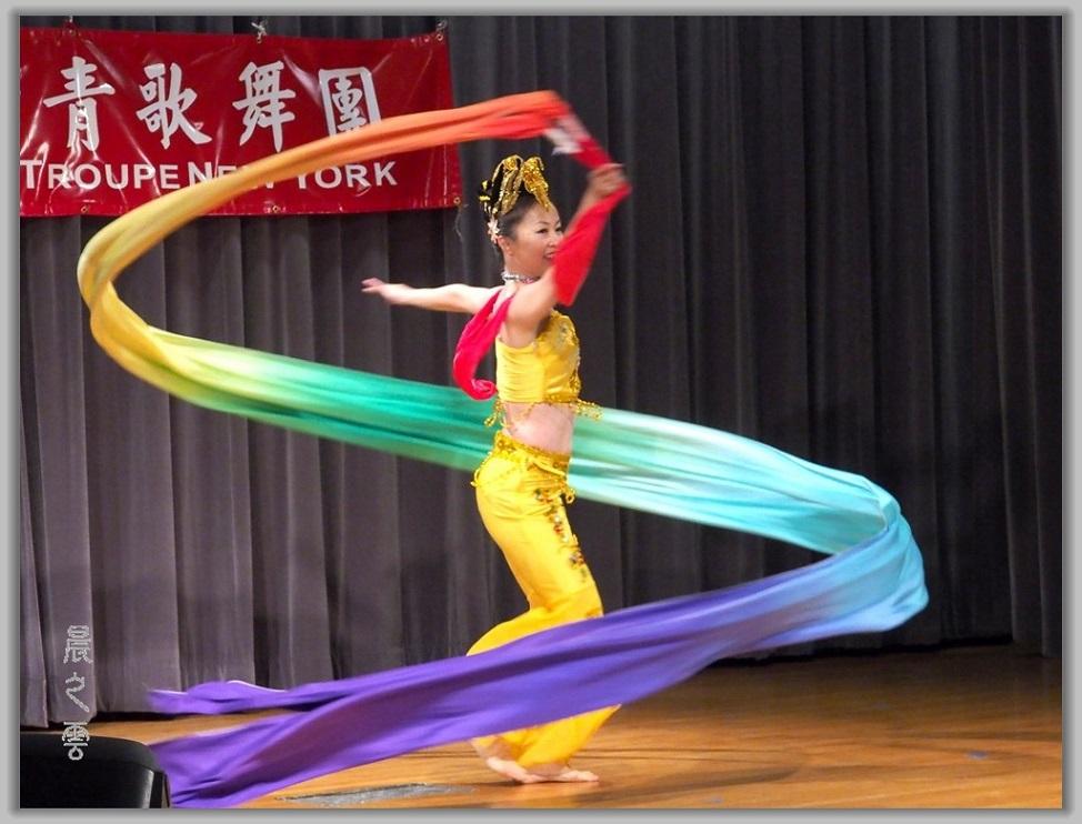 彩绸舞_图1-6