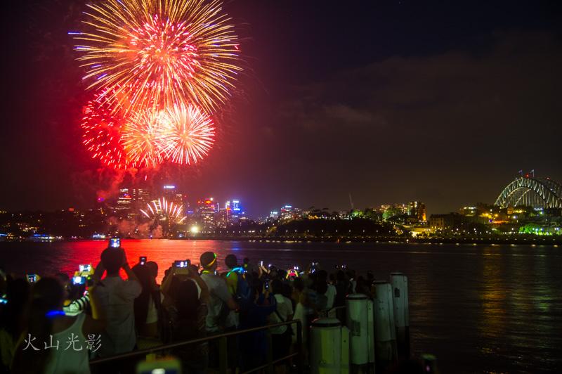 2017悉尼新年焰火秀_图1-1