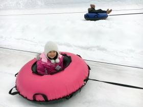 带娃游玩雷尼尔滑雪场(图)