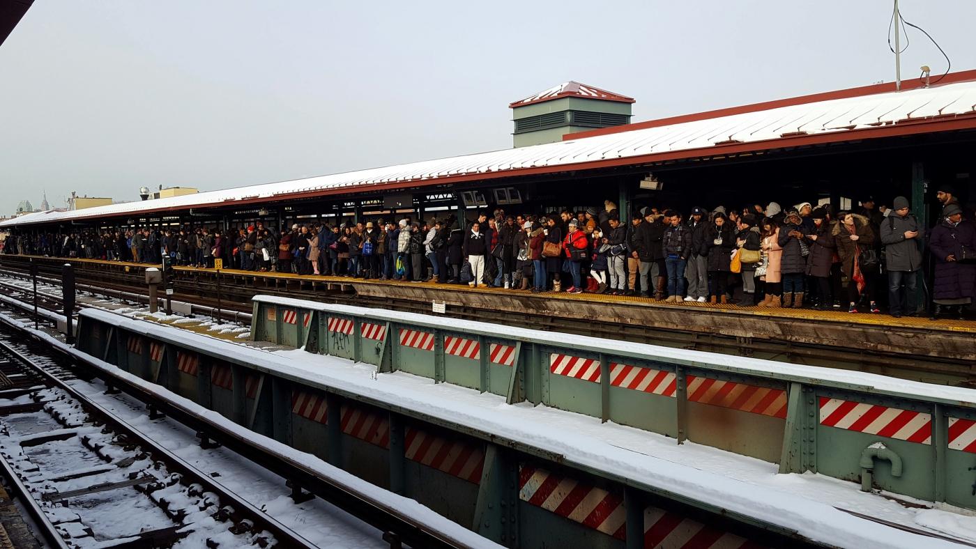 【田螺手机随拍】今天的地铁站、人也是―道景_图1-2