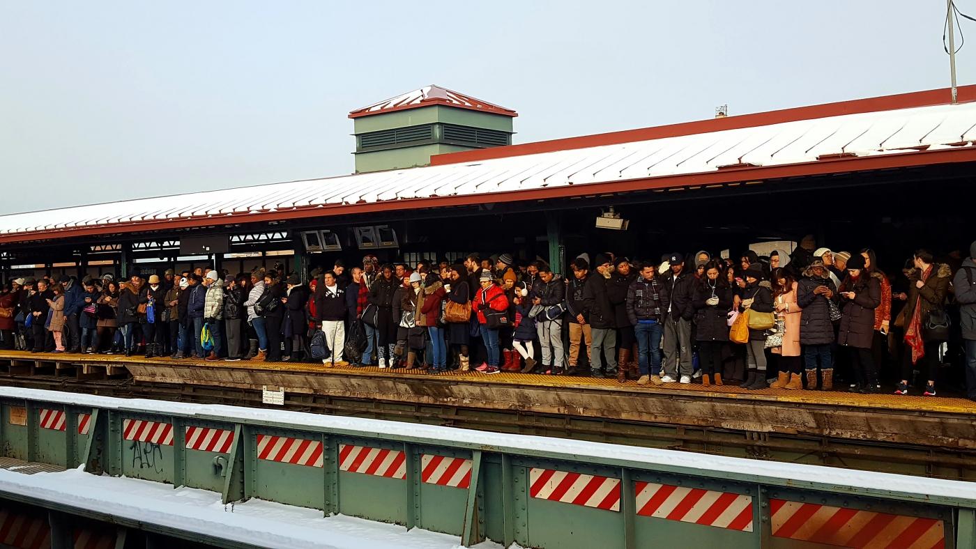 【田螺手机随拍】今天的地铁站、人也是―道景_图1-3
