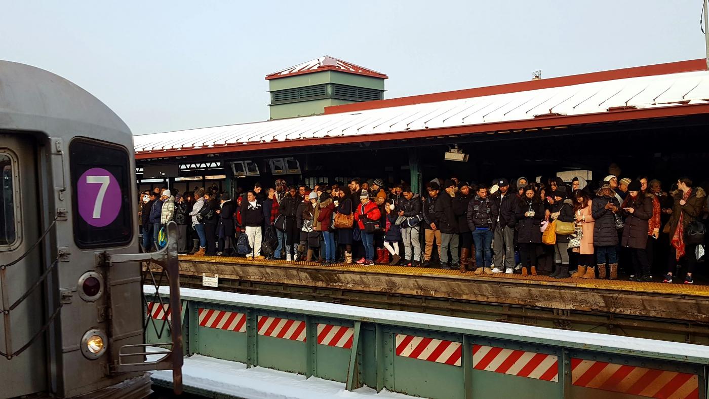 【田螺手机随拍】今天的地铁站、人也是―道景_图1-4