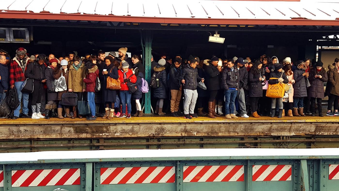 【田螺手机随拍】今天的地铁站、人也是―道景_图1-5