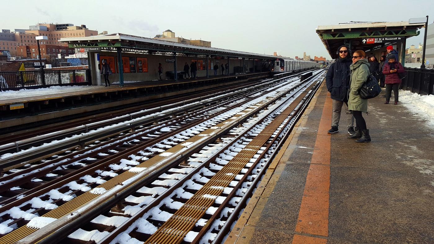 【田螺手机随拍】今天的地铁站、人也是―道景_图1-14