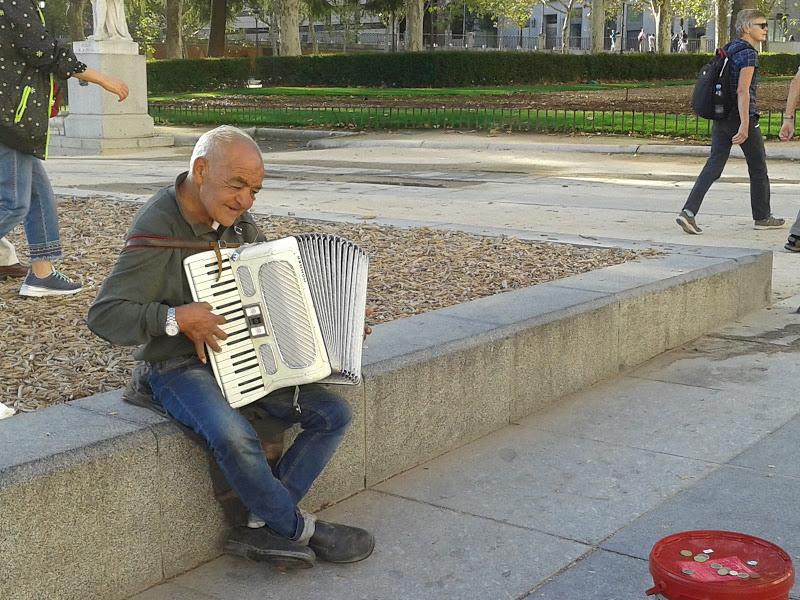 西班牙街頭隨影_图1-9
