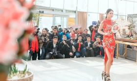 当沂蒙女孩遇到中国人自己的服饰 和摄影人