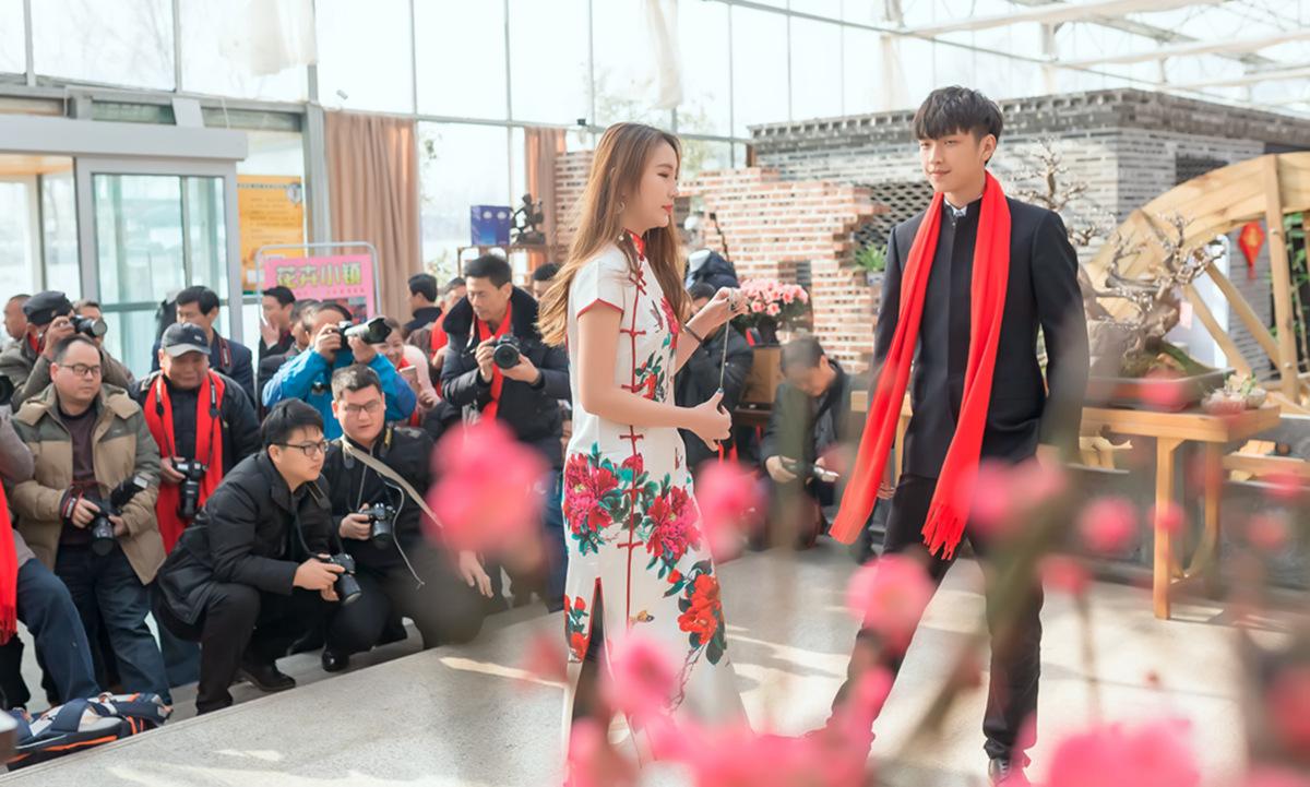 当沂蒙女孩遇到中国人自己的服饰 和摄影人的新年艳遇开始了 ..._图1-3