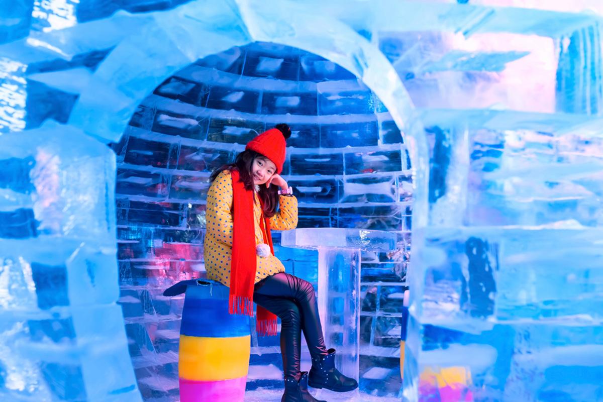 临沂大雪纷飞?萌萌的女孩在冰雪中冻成这个样子 让人心疼呀 ..._图1-22