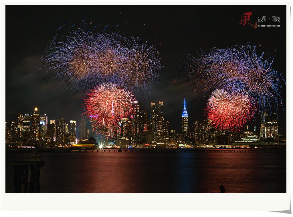 【风】春节焰火点亮纽约夜空_图1-2