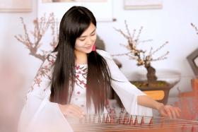 春晚弹奏古筝的沂水女孩是她呀 还和刘能搭
