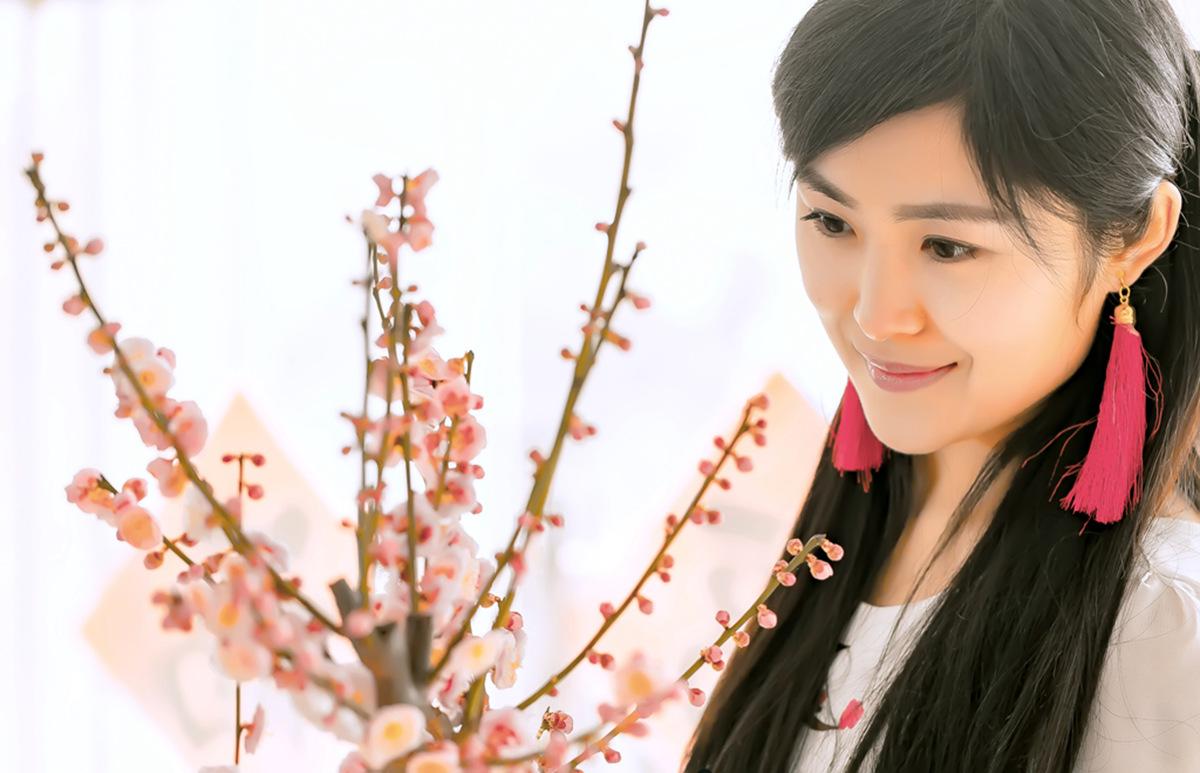 春晚弹奏古筝的沂水女孩是她呀 还和刘能搭戏今天邂逅梅园_图1-9