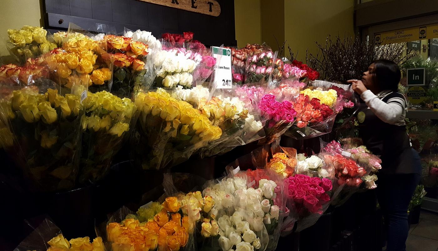【田螺摄影】逛超市随拍情人节的玫瑰花_图1-7