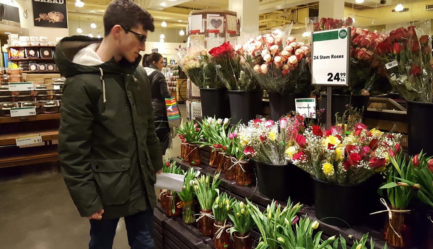 【田螺摄影】逛超市随拍情人节的玫瑰花_图1-19