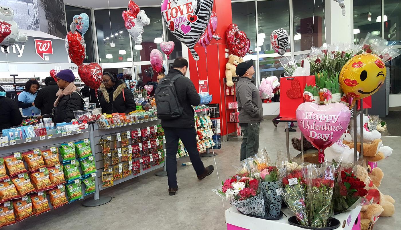 【田螺摄影】逛超市随拍情人节的玫瑰花_图1-24