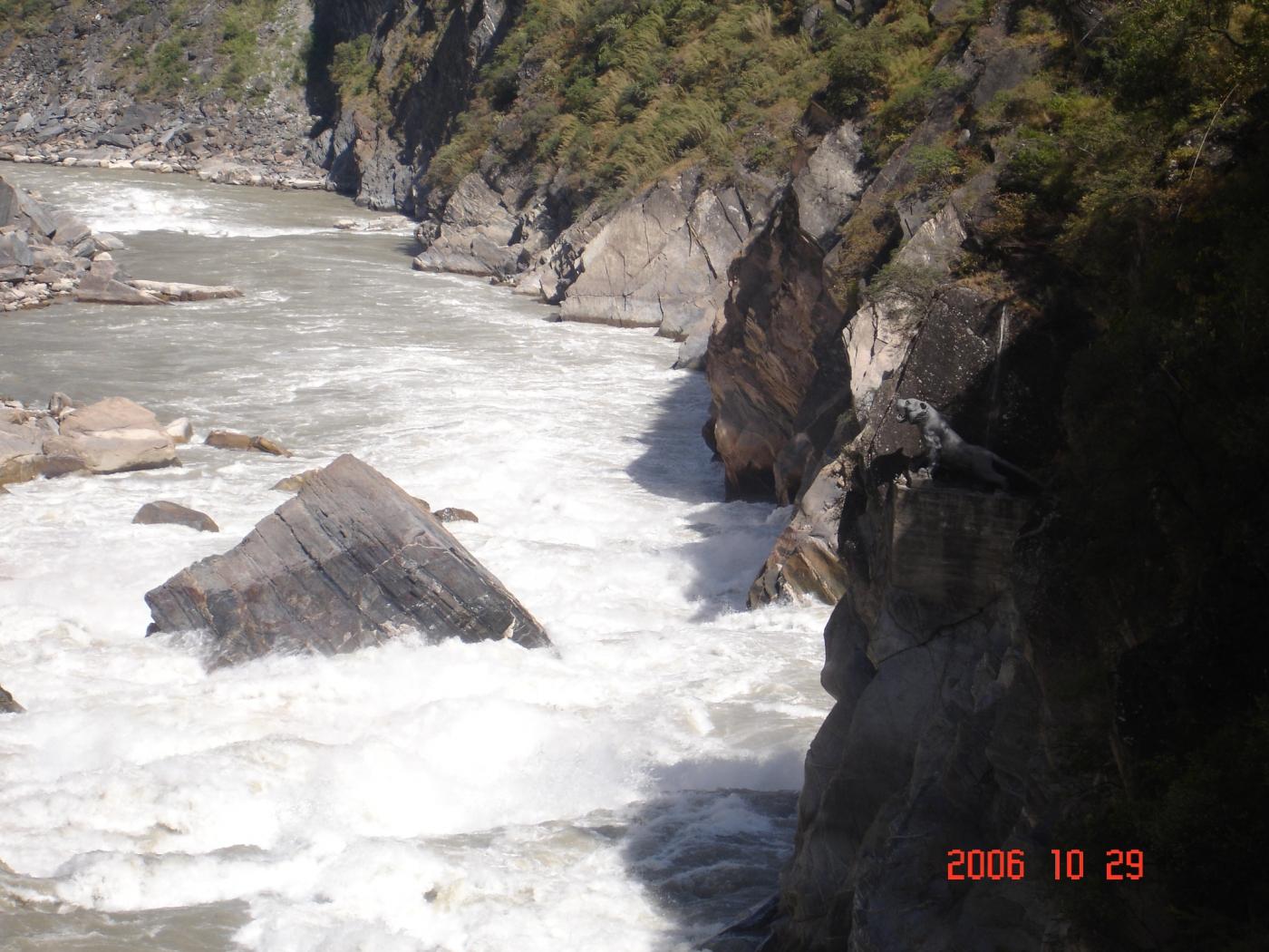 【汉良子】虎跳峡--中国最深的峡谷之一(图)_图1-5