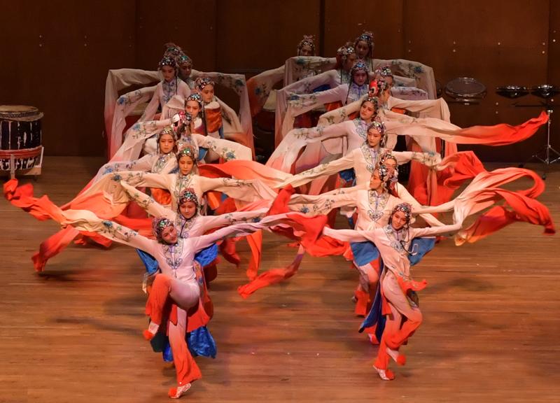 林肯中心华人迎春歌舞表演_图1-5