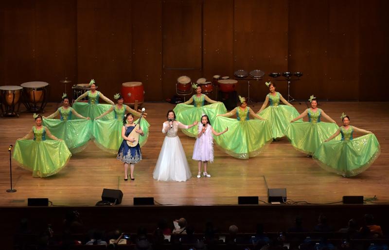 林肯中心华人迎春歌舞表演_图1-10