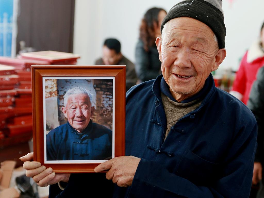 情系老区,福送农家,关爱山区父老乡亲免费拍摄全家福_图1-35
