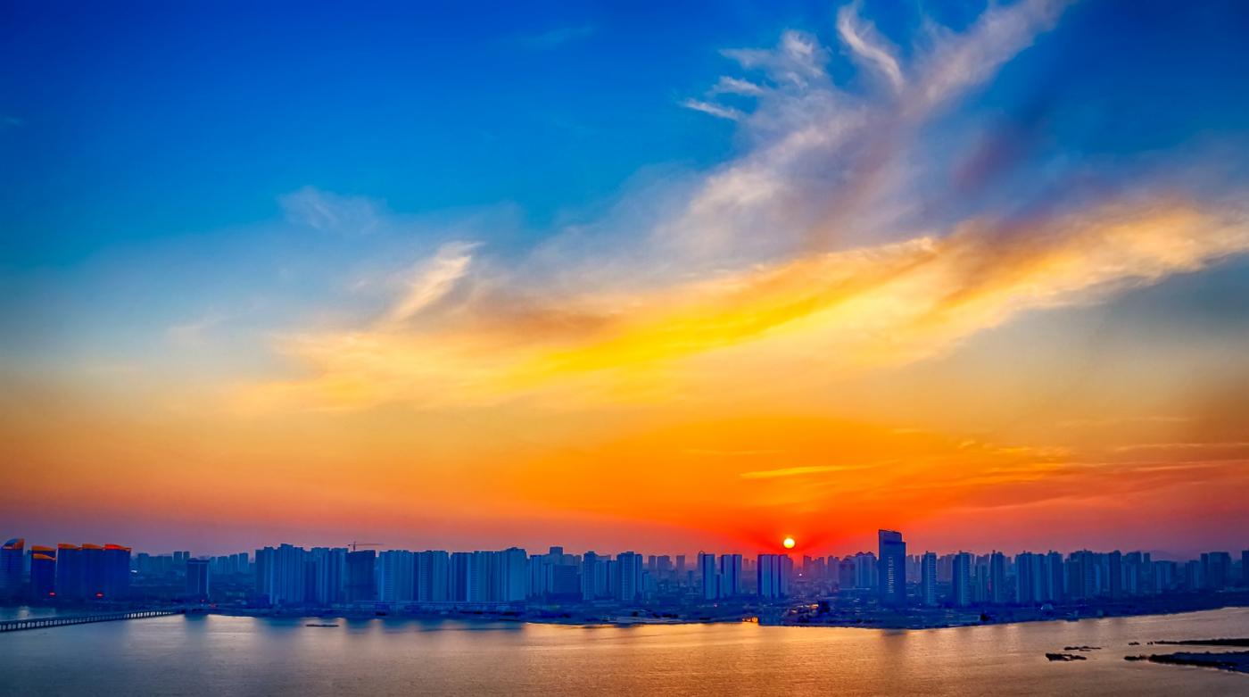 你看到今天临沂上空的夕阳吗 在HDR模式下是这个样子 有点炫_图1-9