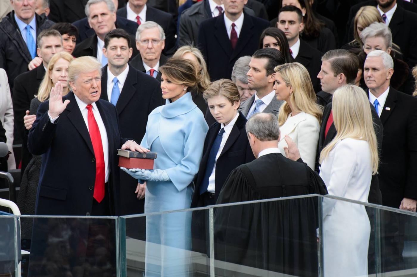 川普上任50天来都办了些什么事情?_图1-2