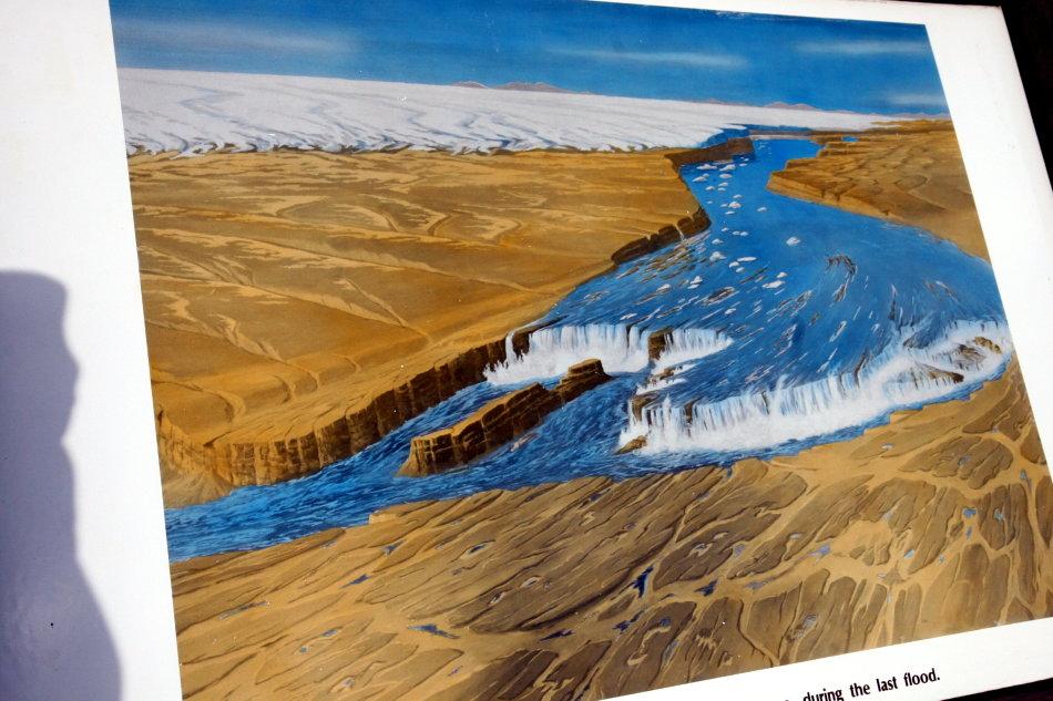 探访世界最大的瀑布遗址(图)_图1-2