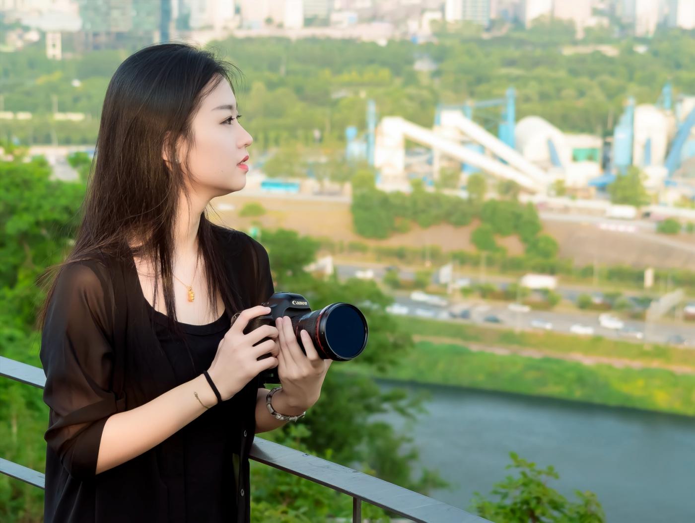 我所见过的最漂亮的女摄影师 姑娘的摄影是舞蹈老师教的吧_图1-6