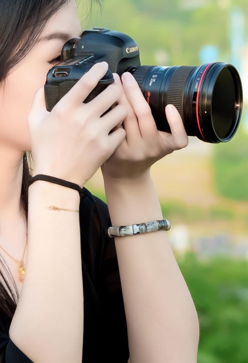 我所见过的最漂亮的女摄影师 姑娘的摄影是舞蹈老师教的吧_图1-8