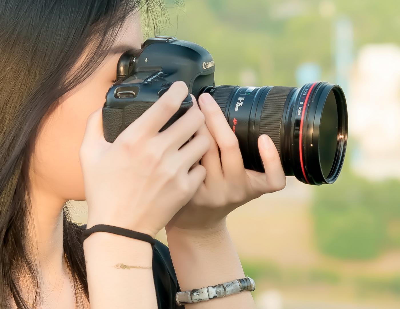 我所见过的最漂亮的女摄影师 姑娘的摄影是舞蹈老师教的吧_图1-9