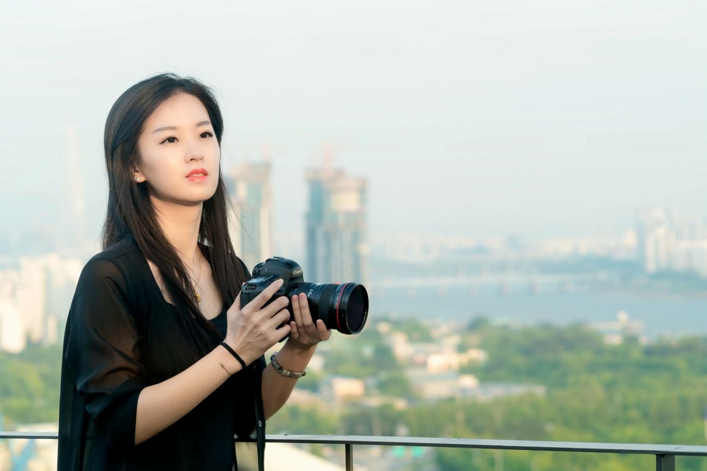 我所见过的最漂亮的女摄影师 姑娘的摄影是舞蹈老师教的吧_图1-15