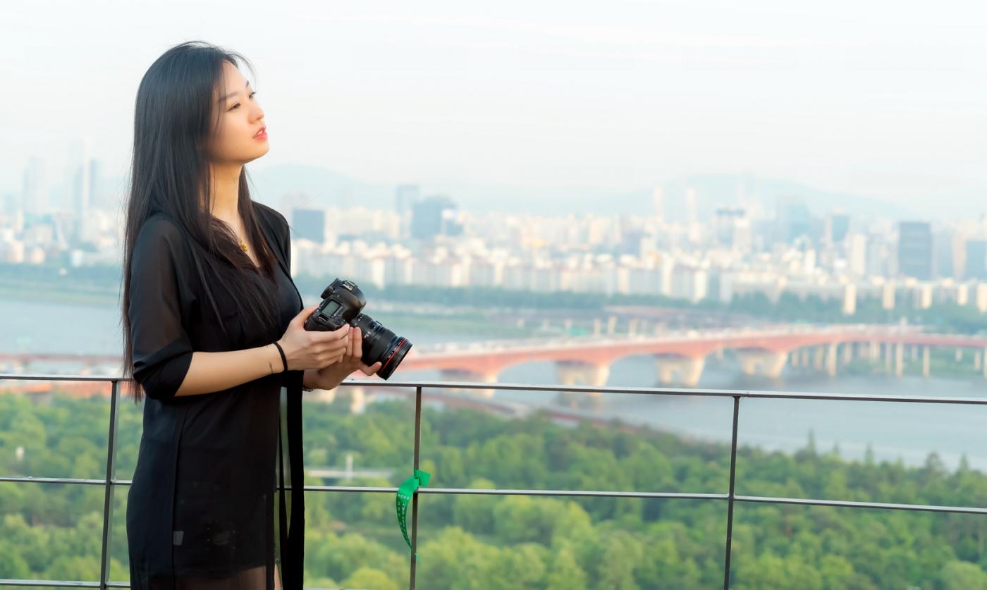 我所见过的最漂亮的女摄影师 姑娘的摄影是舞蹈老师教的吧_图1-17