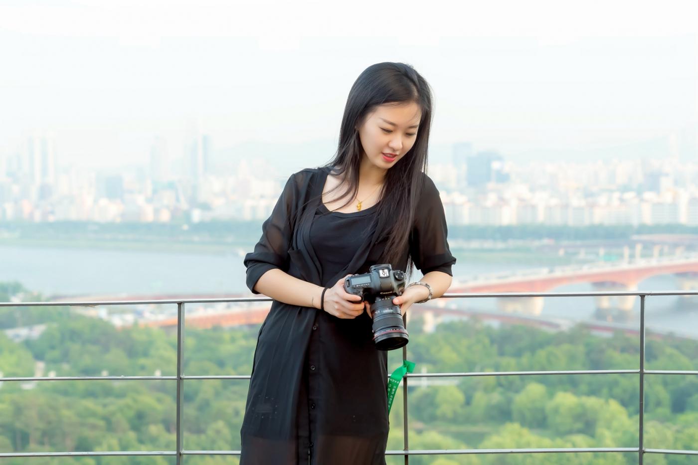 我所见过的最漂亮的女摄影师 姑娘的摄影是舞蹈老师教的吧_图1-23