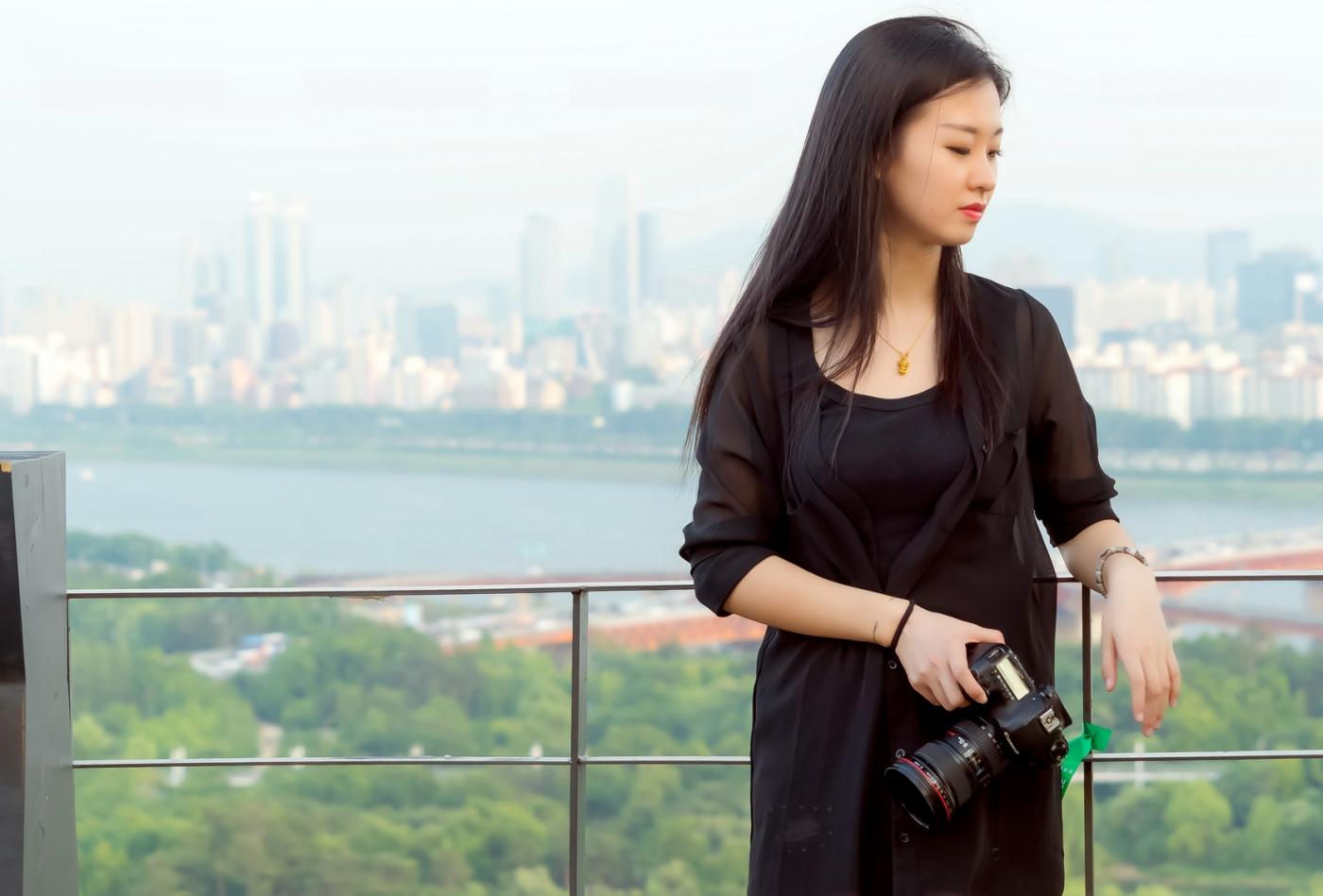 我所见过的最漂亮的女摄影师 姑娘的摄影是舞蹈老师教的吧_图1-18