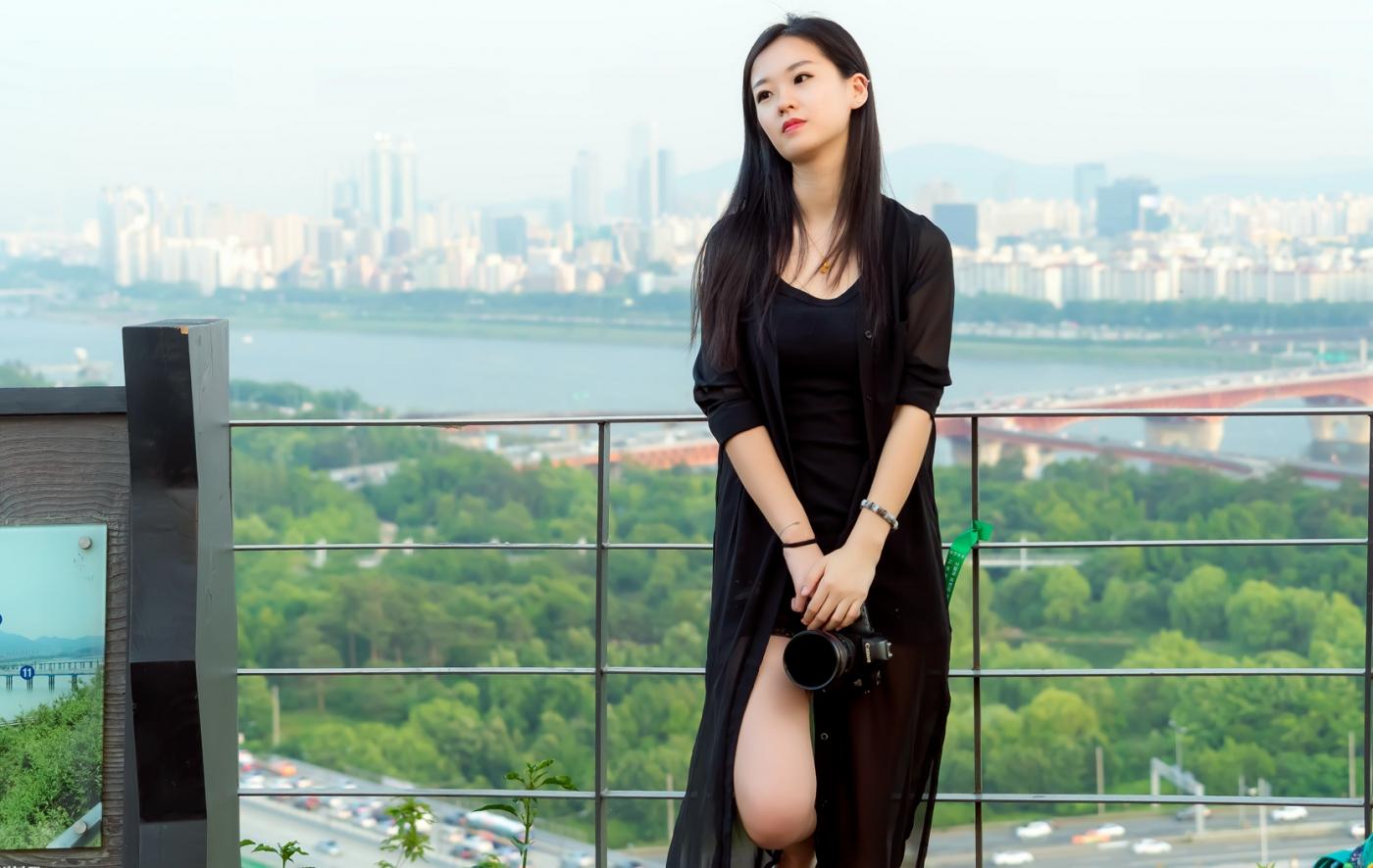 我所见过的最漂亮的女摄影师 姑娘的摄影是舞蹈老师教的吧_图1-24