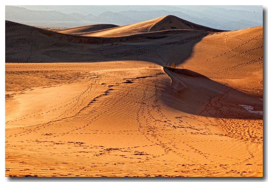 《酒一船摄影》:Death Valley 拍沙丘_图1-4