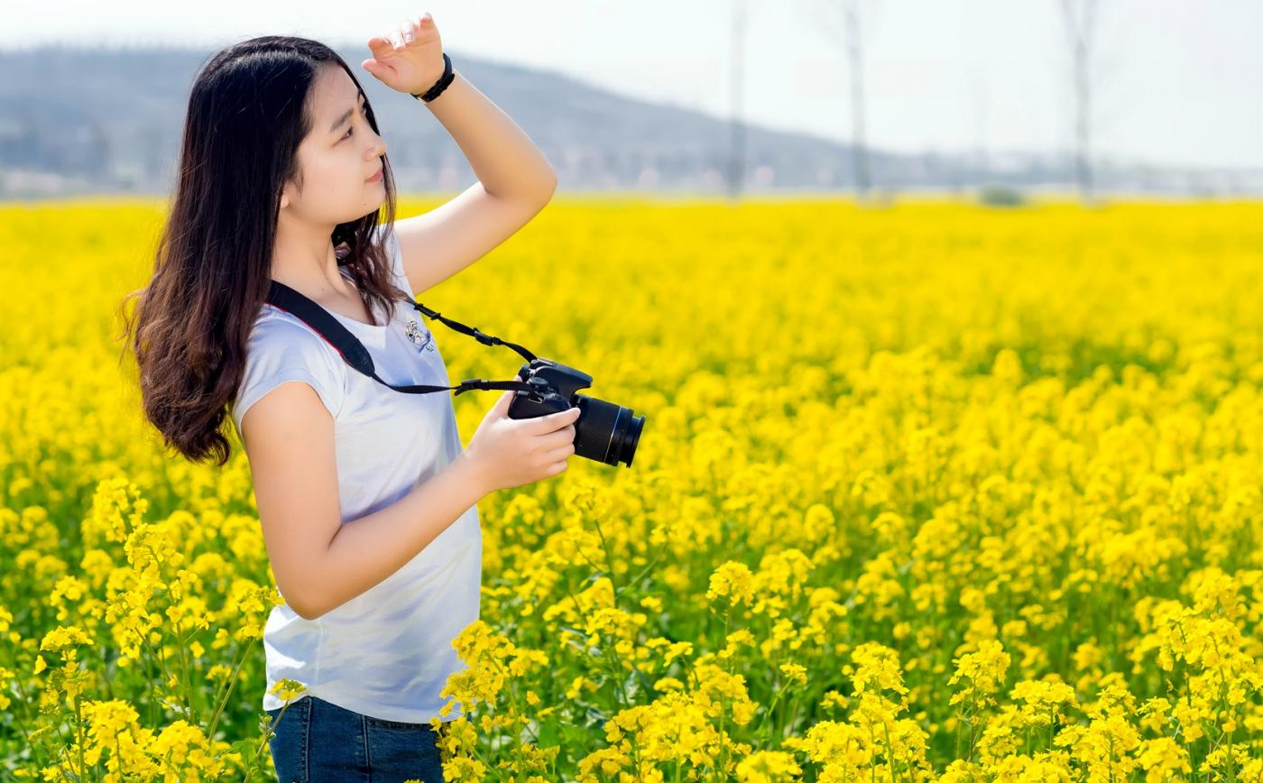 清明时节踏春的临沂女孩们_图1-1