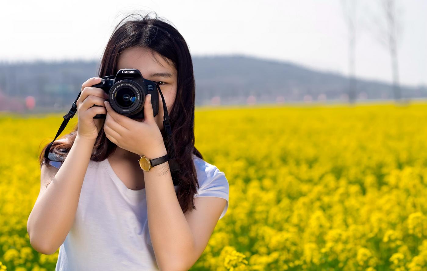 清明时节踏春的临沂女孩们_图1-3