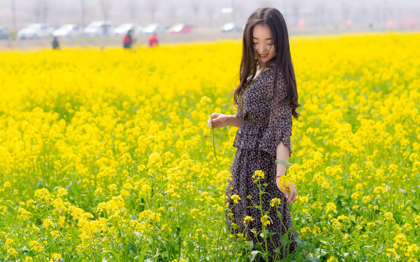 清明时节踏春的临沂女孩们_图1-10