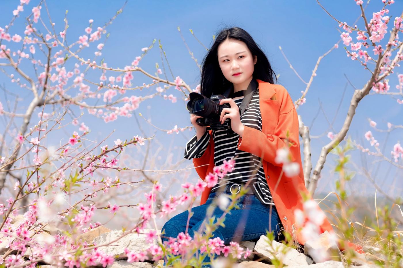 清明时节踏春的临沂女孩们_图1-17