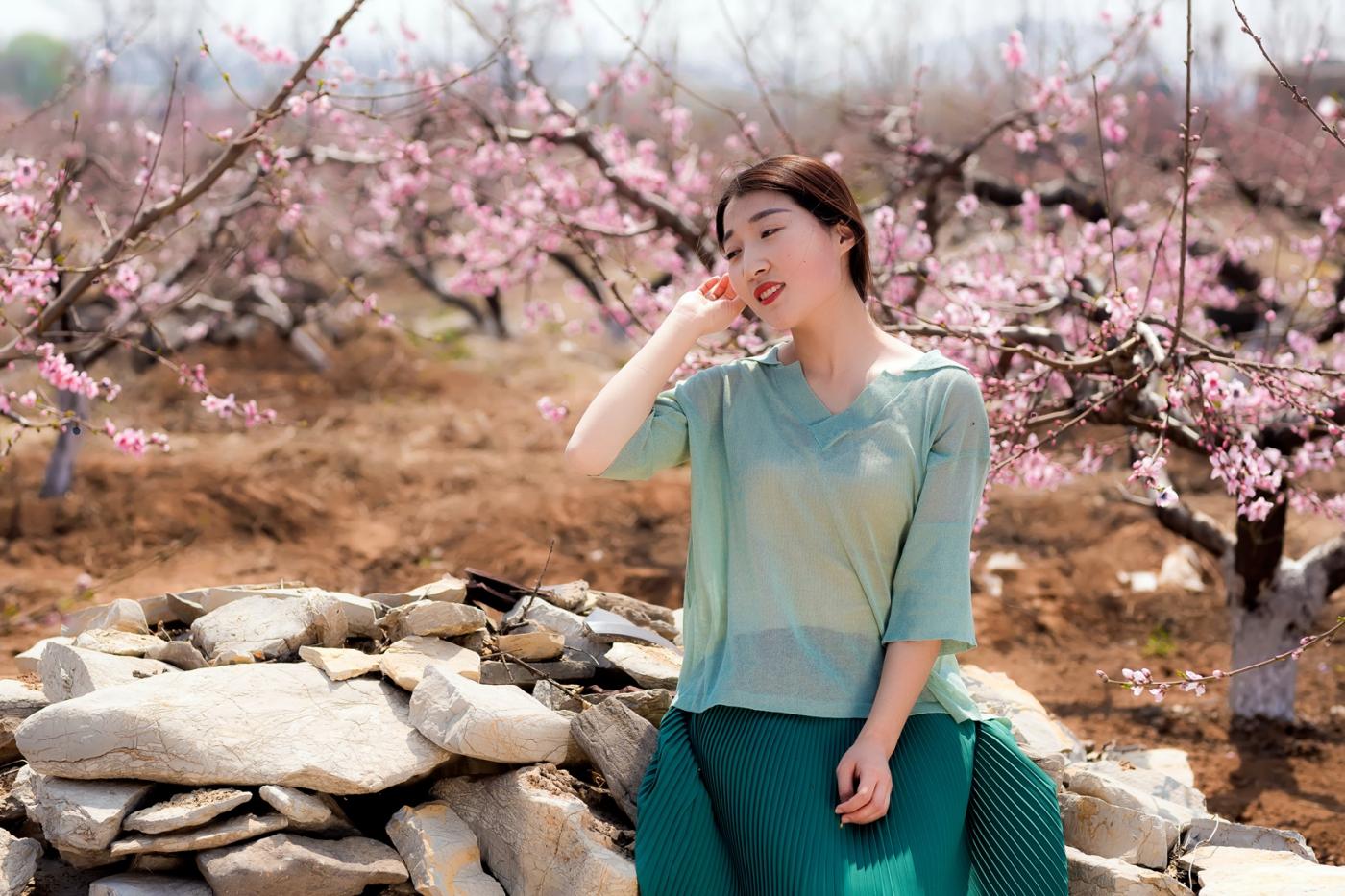 清明时节踏春的临沂女孩们_图1-19
