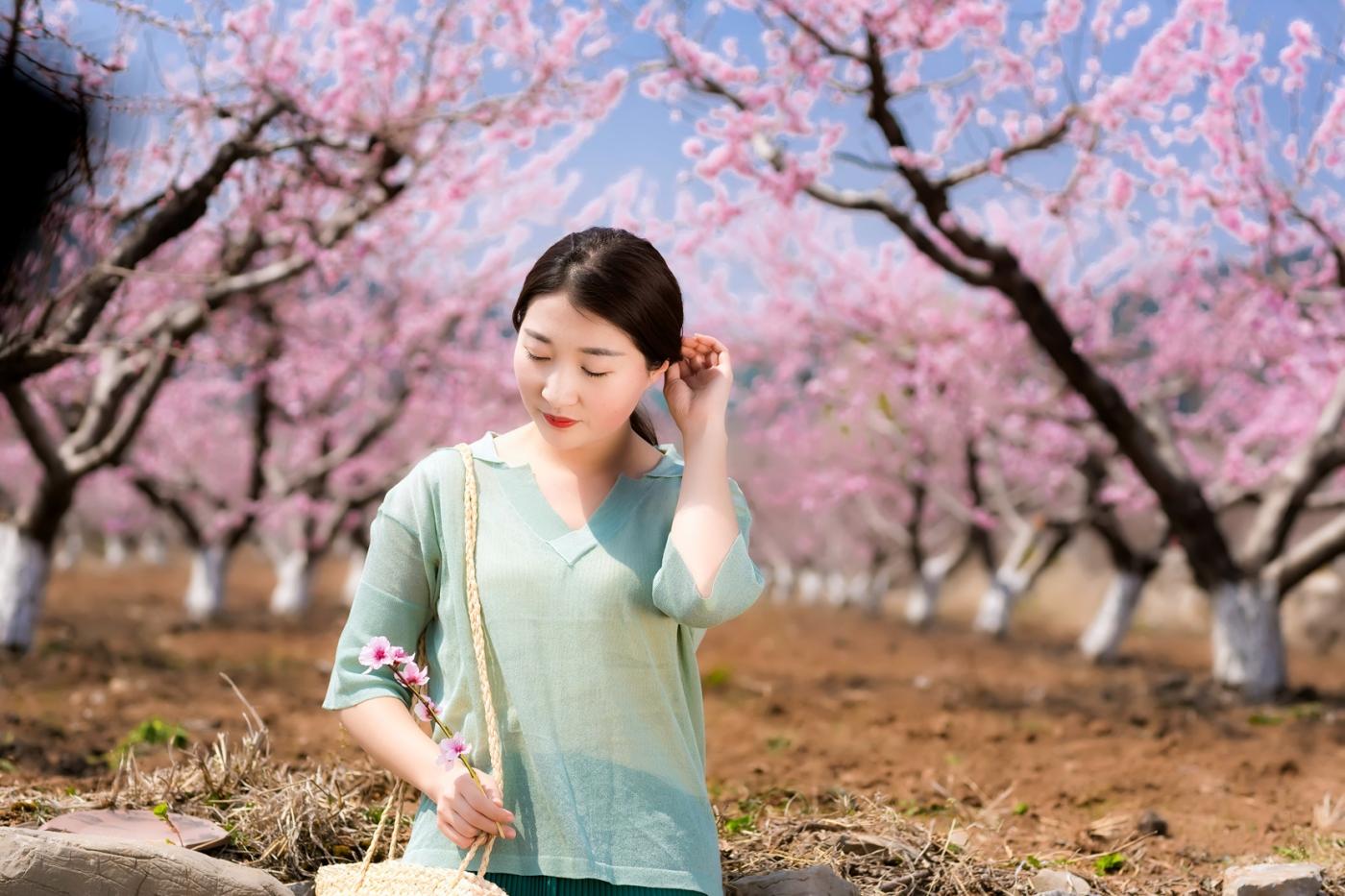 清明时节踏春的临沂女孩们_图1-23