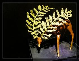 精美的中国铜工艺品