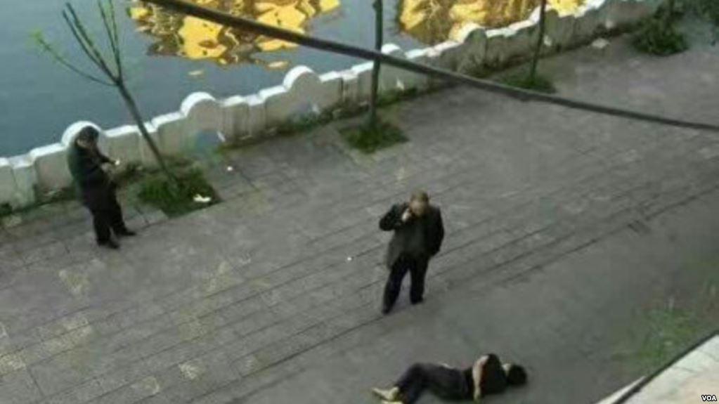 他是跳楼自杀死,还是活活被打死?_图1-1
