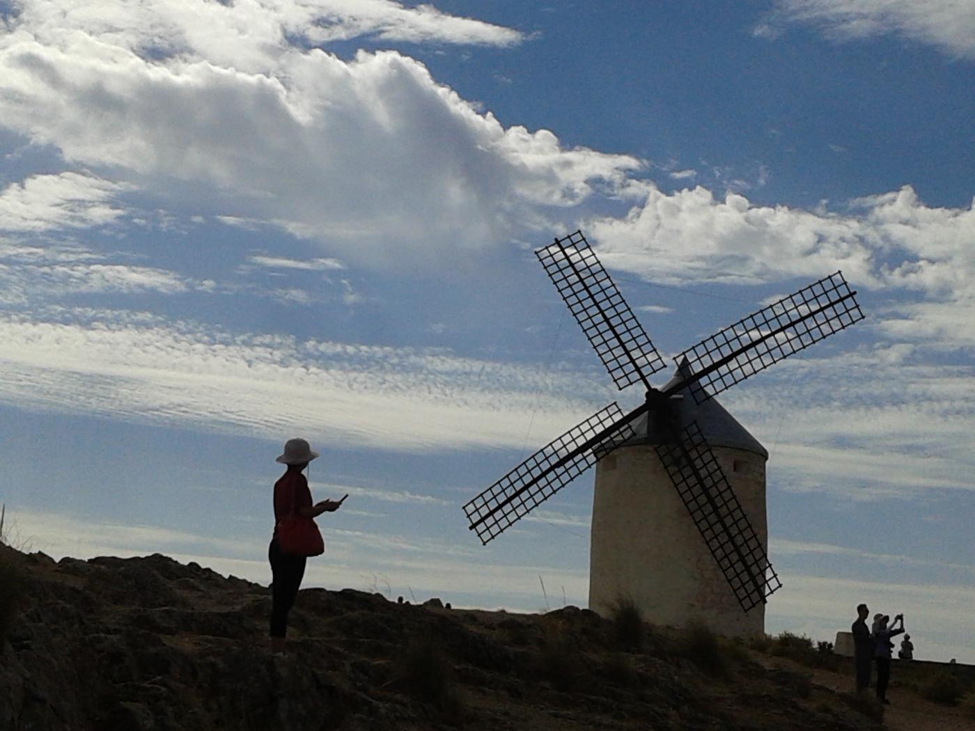 西班牙白色風車村_图1-1