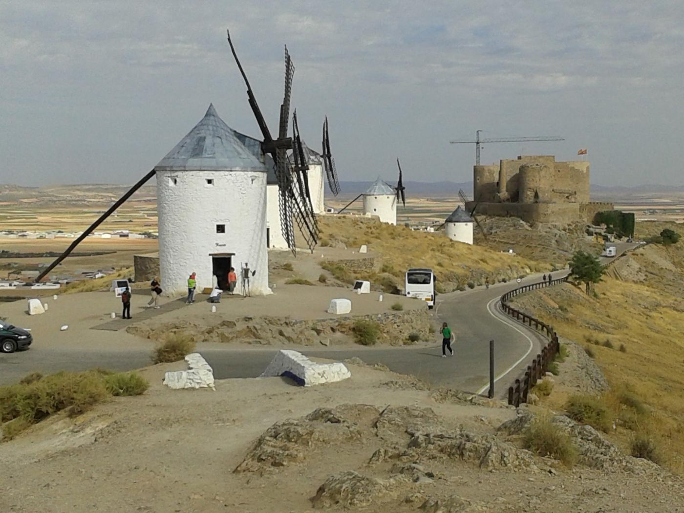 西班牙白色風車村_图1-2